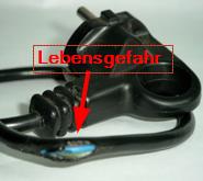 Bild der VBG zur Sichtprüfung von Zuleitungskabeln. Ergänzt durch Anmerkungen.